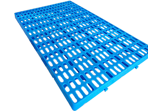 Pig slatted floor with plastic